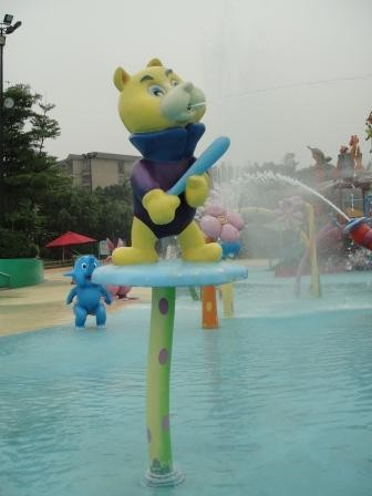Aqua Park Equipment Fiberglass Cat Spray for Holiday Resort Summer Entertainment